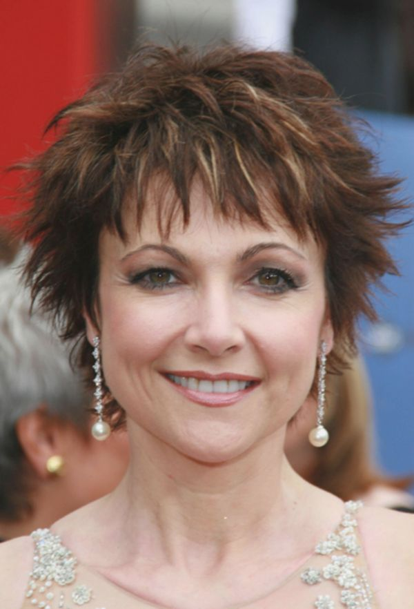 Very short shag haircuts for older women 6