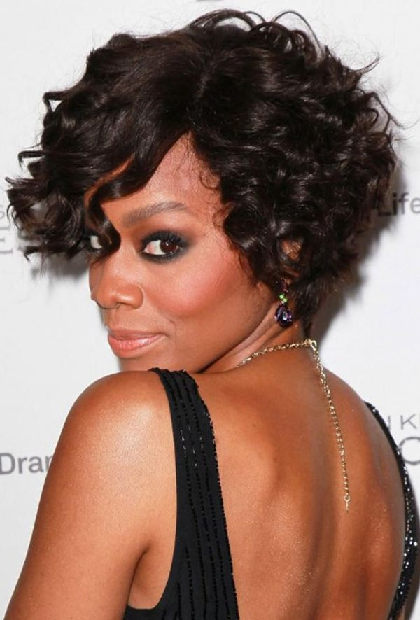 Black Womens Hairstyles for Short Curly Hair 4