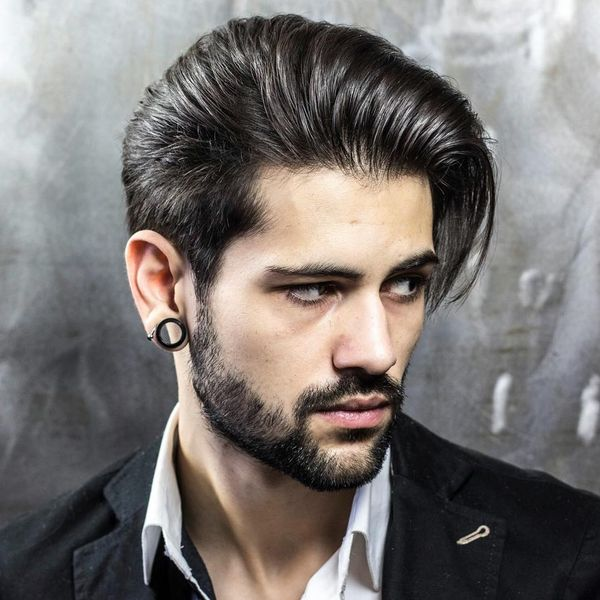 Most Popular Medium Haircuts for Guys with Straight Hair 1