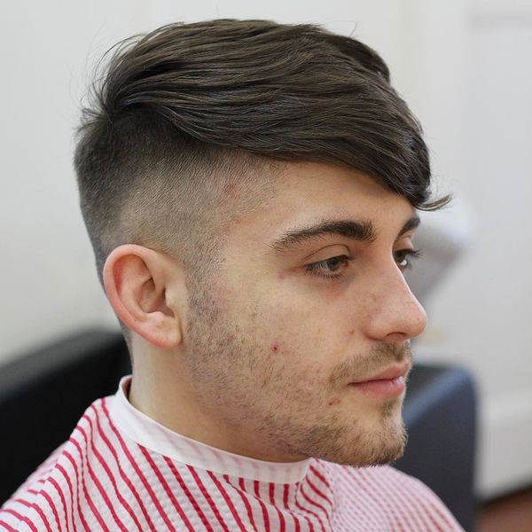 Most Popular Medium Haircuts for Guys with Straight Hair 3