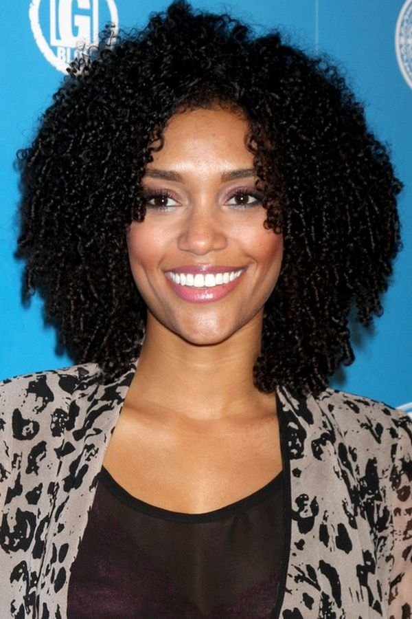 Tight Curly Hairstyles for Ladies with Chin Length Hair 2