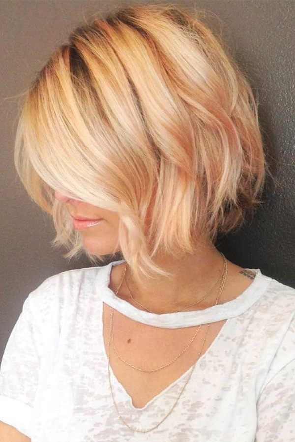 Stylish Stacked Layered Bobs 3