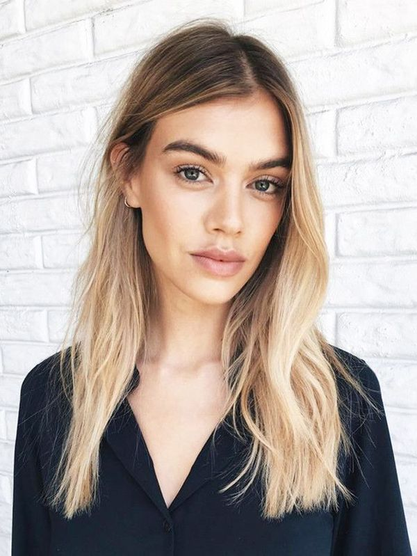 Sexy Hairstyles for Girls with Long Blonde Hair 2