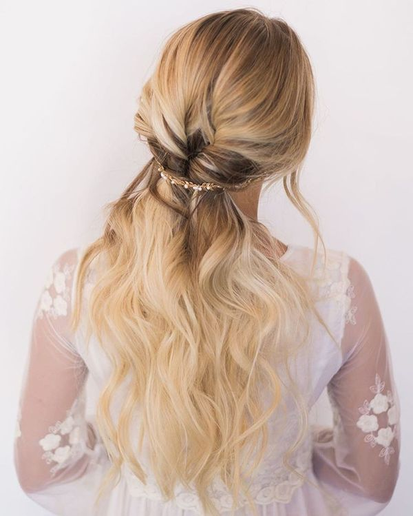 Amazing Half Up Half Down Wedding Hairstyles For Long Hair12