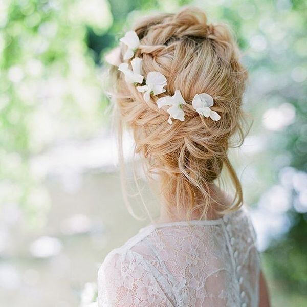 Beautiful Updos For Long Wavy Hair For Weddings14