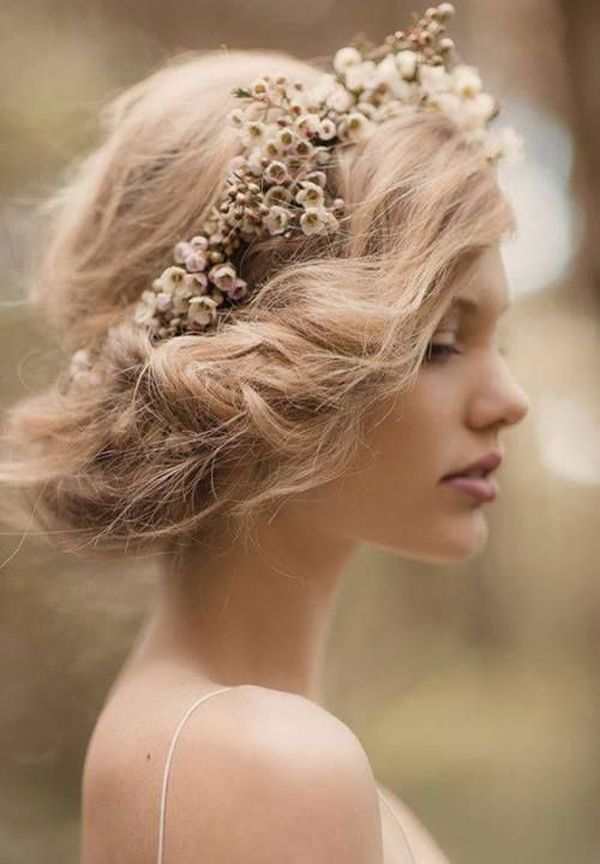 Popular Wedding Hairstyling Ideas For Long Hair 3