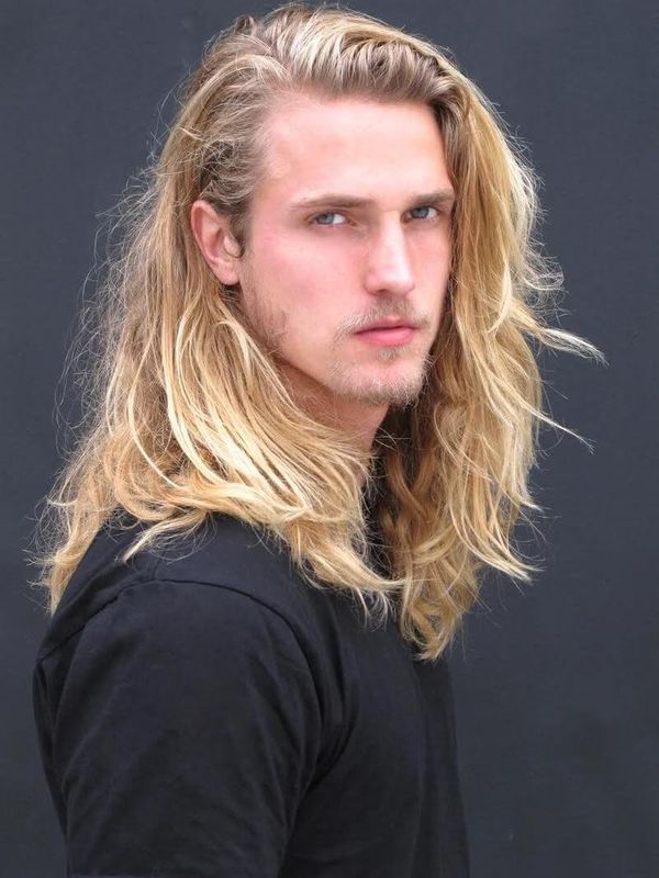 Sexy Long Blonde Hair Styles for Guys 2