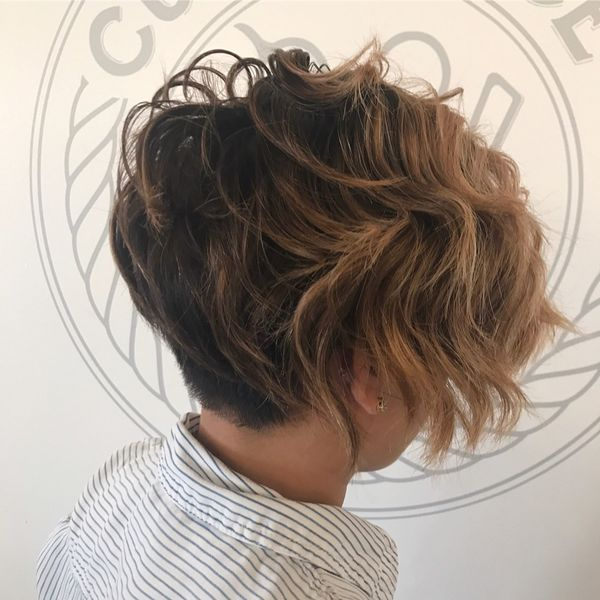 Awesome short hairstyles for wavy hair 4