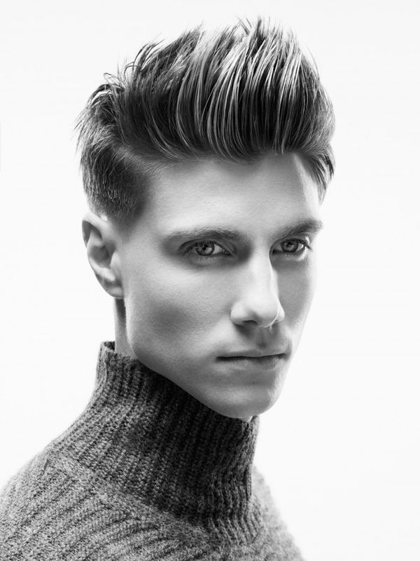 Classic Pompadour Hairstyles to Look Like Elvis 4