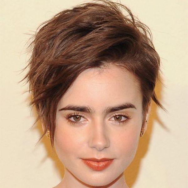 Cute female short hairstyles for straight hair 1