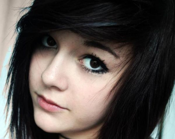 Best Emo Hairstyles For Girls (Trending In October 2019