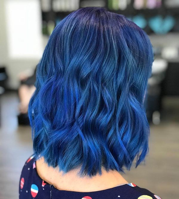 Cute shoulder length lob with color 4