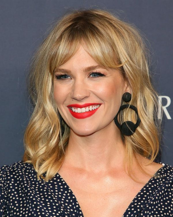 Eyecatching long bobs with bangs 4