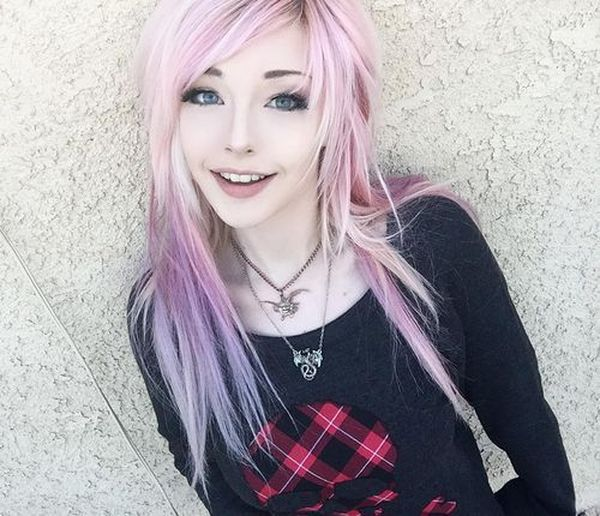 Eyecatching long emo hairstyles for girls 5