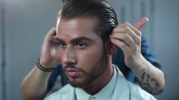 How to Slick Back Hair 1