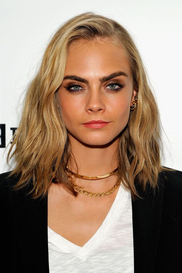 Ideas of long length bob with side part 1