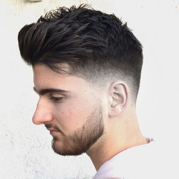 Longer hairstyles for men with thick hair 4