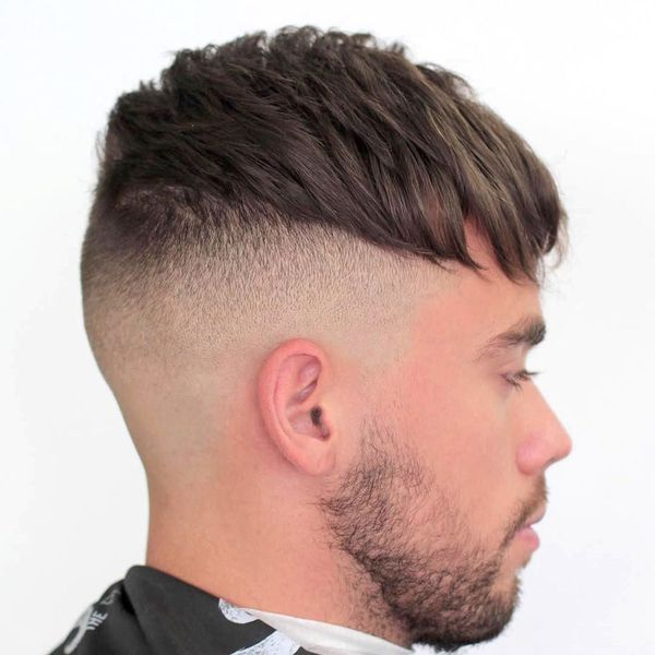 Messy Hairstyle For Men With Straight Hair 2