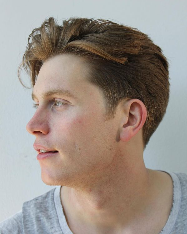 Messy Hairstyle For Men With Straight Hair 6
