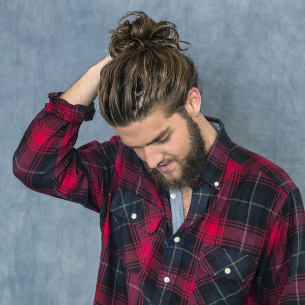 Messy Mens Top Bun Hairstyles 1
