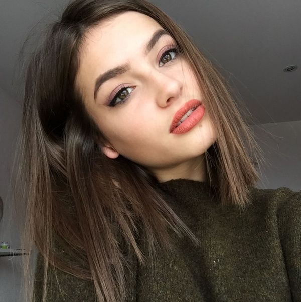 Medium Length Hairstyles For Thin Hair (Trending in November 2019)