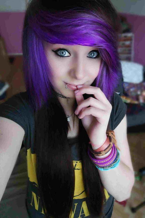 Best Emo Hairstyles for Girls (Trending in April 2019)