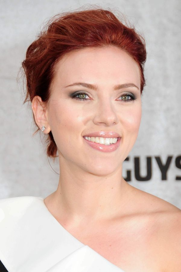Short Haircuts For Women With Auburn Red Hair Color 1