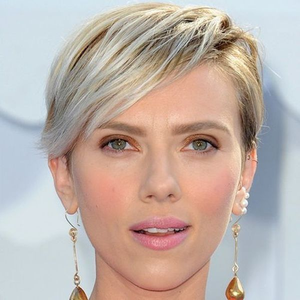 Short straight hair ideas for ladies 4