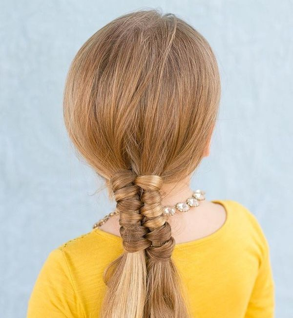Awesome hairdos for straightened long hair 4