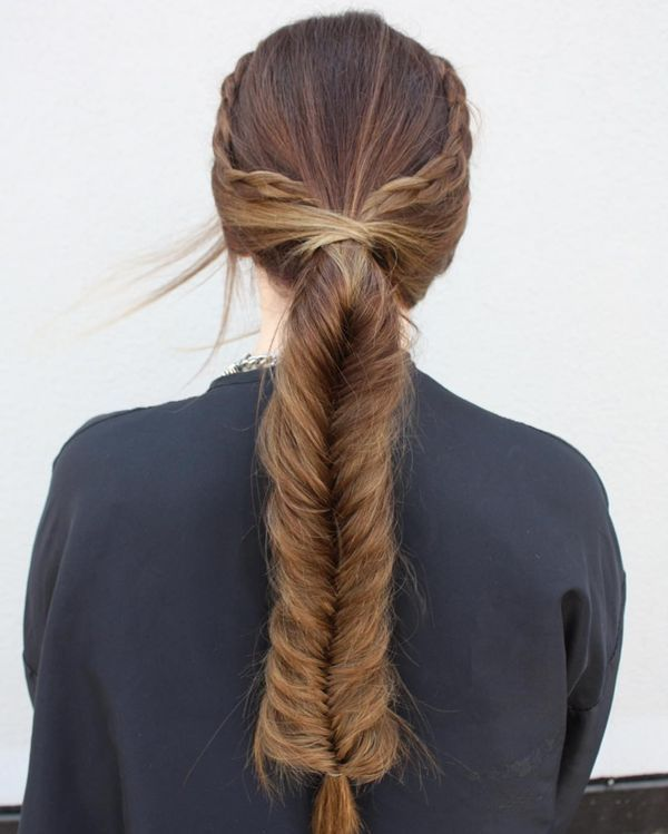 Awesome hairdos for straightened long hair 8