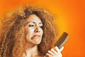 4 Simple Home Remedies for Women Dry Hair
