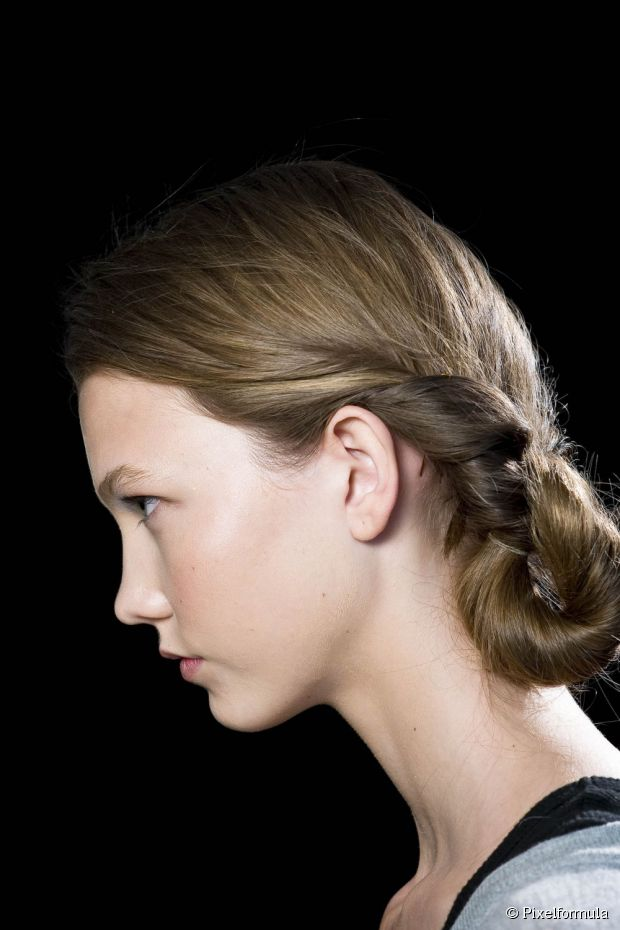 WEDDING HAIR STYLES FOR GIRLS
