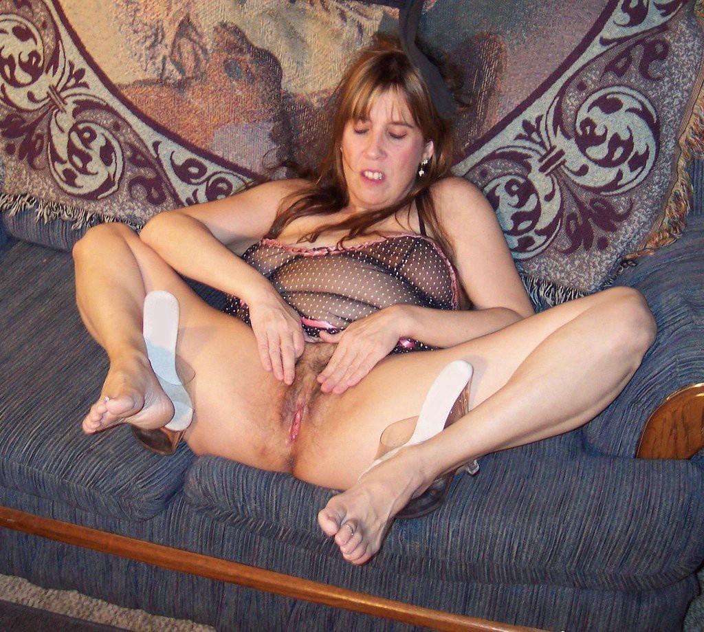 Amateur Mature Pussy Pounding