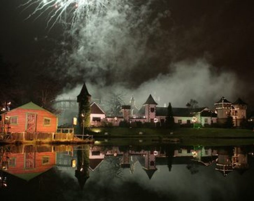 Gullivers World Fireworks2