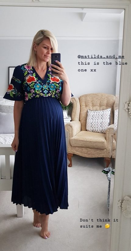 Maternity outfit ideas for a summer wedding | The Halcyon Years
