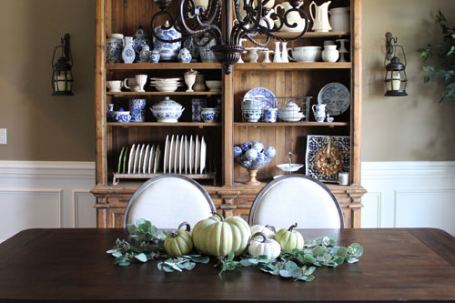 Fall-Tablescape-Step2
