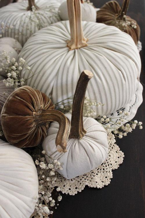 Fabric-Pumpkins-Doilies-and-Babies-Breath-5