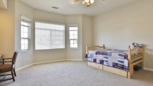12955_Autumn_Leaves_Victorville_FOR_SALE_Raoul_Vianey_info@thehanovergrp (21)