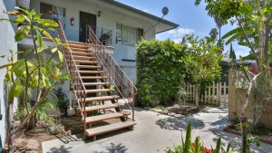 1831_W_Glen_Ave_Anaheim_FOR_SALE_Raoul_and_Vianey_info@thehanovergrp.com (7)