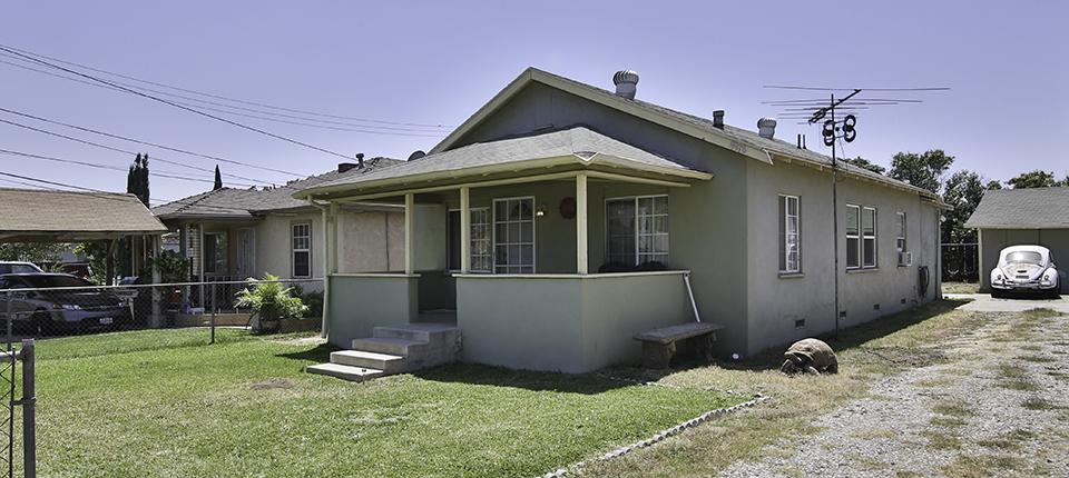 9978 Magnolia Street Bloomington, CA 92316