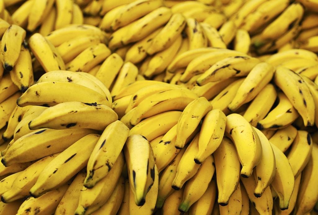 9 formas de incorporar el plátano en tu rutina de belleza