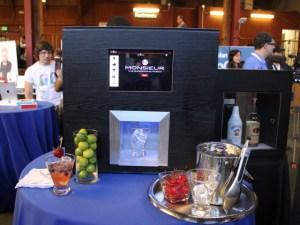 Dream come true: un robot bartender