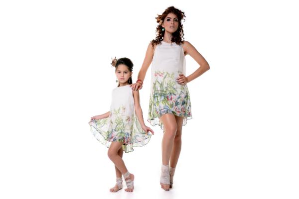 Madre e hija: el mismo outfit con La Vill