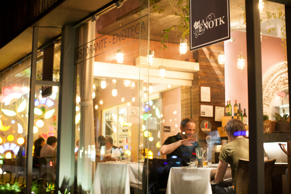 La EnoTK: donde el vino acompaña lo mejor de la cocina italiana