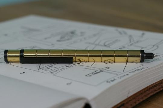 Polar Pen, la pluma multiusos del escritorio