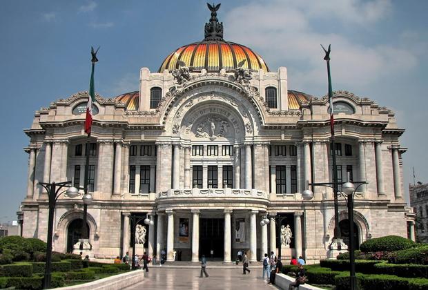 Los 7 museos que todos tienen que conocer en la CDMX - Palacio-de-Bellas-Artes