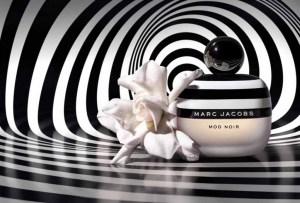 La nueva esencia de Marc Jacobs nos regresa a los 60's