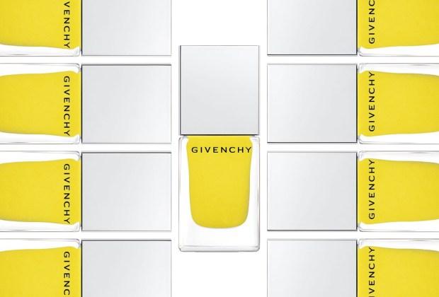 Los tonos que tienes que usar esta temporada en tus uñas - Givenchy-1024x694