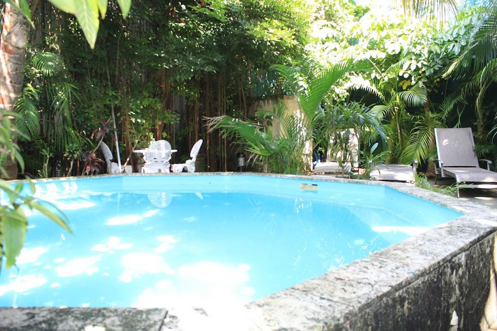 Te decimos cuáles son los mejores departamentos de Airbnb en Cuba - miramar-villa-1