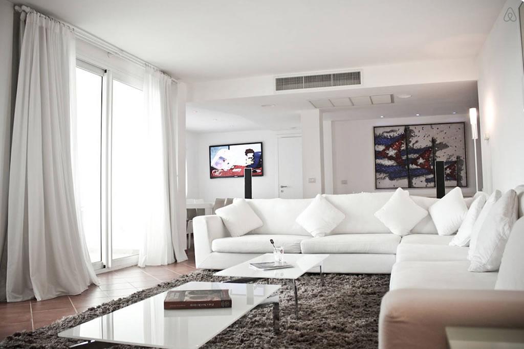 Te decimos cuáles son los mejores departamentos de Airbnb en Cuba - ocean-view-apartment-1